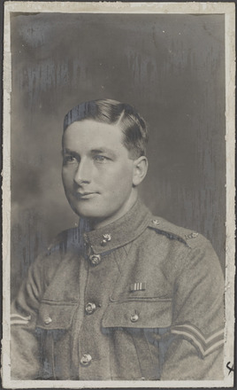 Portrait of Bombardier Abram Ashworth 7/2193. R24184932, Archives New Zealand. Image has no known copyright restrictions
