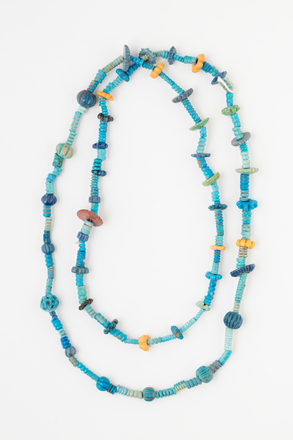 Necklace, 2017.x.54, Photographed by Andrew Hales, digital, 03 Aug 2017, © Auckland Museum CC BY