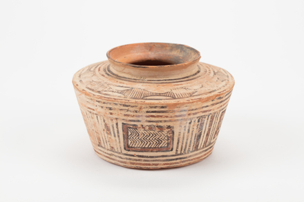 pot, 2004.29.4, 2004.29.4, Photographed by Richard NG, digital, 02 Aug 2017, © Auckland Museum CC BY