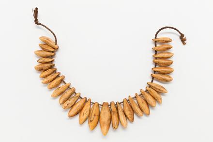 ornament, neck, 1950.128, 31566, 598d, Photographed by Jennifer Carol, digital, 08 Aug 2017, Cultural Permissions Apply