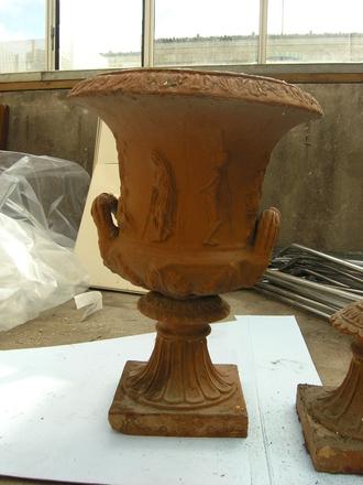 urn, garden