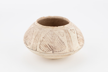 pot, 2004.29.1, 2004.29.1, Photographed by Denise Baynham, digital, 03 Aug 2017, © Auckland Museum CC BY