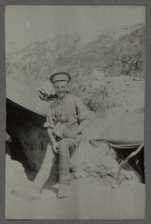 """Photograph of Private John Cardno, titled """"Johnny Cardno Gallipoli"""".Auckland War Memorial Museum - Tāmaki Paenga Hira - G W Thomson Collection - PH-2003-1-71. No known copyright restrictions."""