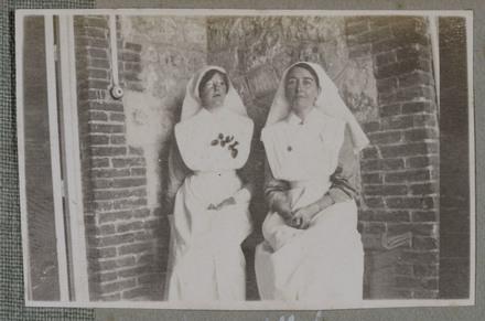"Unknown, photographer (1915-1916). ""Sis. Affleck"". [Agnes (Peggy) Williams photograph album]. Auckland War Memorial Museum - Tāmaki Paenga Hira PH-2017-2-2-p37-1. No known copyright restrictions."