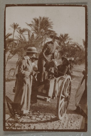 """Unknown, photographer (1915-1916). """"Off to station Aboukir. Sis. Mitchell and self"""". [Agnes (Peggy) Williams photograph album]. Auckland War Memorial Museum - Tāmaki Paenga Hira PH-2017-2-2-p8-1. No known copyright restrictions."""