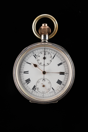 chronograph, pocket, H411, 97539, 68270, 68271, Photographed by Jennifer Carol, digital, 02 Nov 2017, © Auckland Museum CC BY