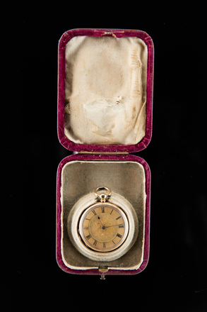 watch and box, 1959.78.2, H197, 35647, 15203, Photographed by Jennifer Carol, digital, 21 Nov 2017, © Auckland Museum CC BY