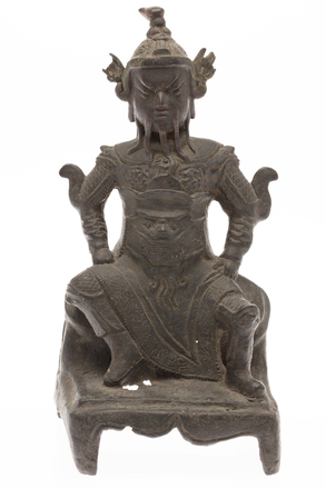 figure, seated warrior, M758, Photographed by Denise Baynham, digital, 19 Jan 2018, © Auckland Museum CC BY