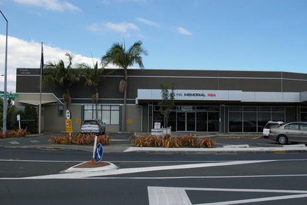 New Lynn RSA exterior, 2 Veronica Street, New Lynn 0600. Image kindly provided by John Halpin 2017, CC BY John Halpin