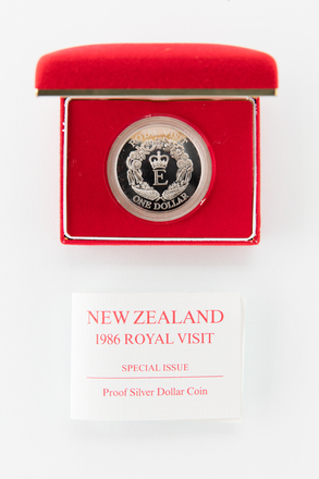 coin, 2017.x.669, Photographed by Jennifer Carol, digital, 12 Mar 2018, © Auckland Museum CC BY