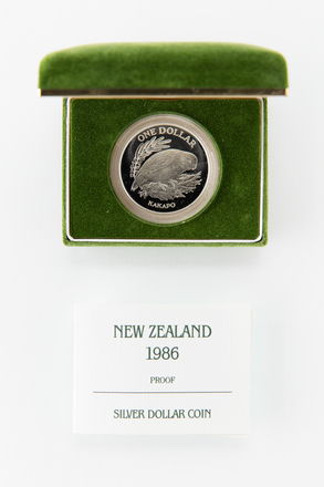 coin, 2017.x.667, Photographed by Jennifer Carol, digital, 13 Mar 2018, © Auckland Museum CC BY
