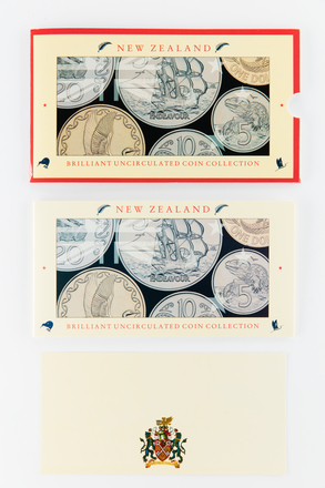 coin set, 2017.x.719, Photographed by Jennifer Carol, digital, 20 Mar 2018, © Auckland Museum CC BY