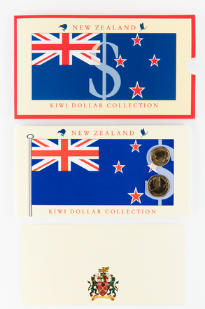 coin set, 2017.x.722, Photographed by Jennifer Carol, digital, 20 Mar 2018, © Auckland Museum CC BY