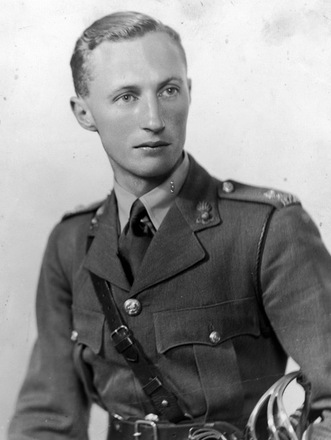 Portrait of Major Owen Gilbert Wiles 20014, c. Second World War. Image kindly provided by Robyn Wiles (March 2018). Image may be subject to copyright restrictions.