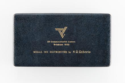 medal set, 2018.x.59, Photographed by Jennifer Carol, digital, 05 Apr 2018, © Auckland Museum CC BY