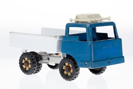 toy truck, 1996.165.231, Photographed by Andrew Hales, digital, 04 May 2018, © Auckland Museum CC BY