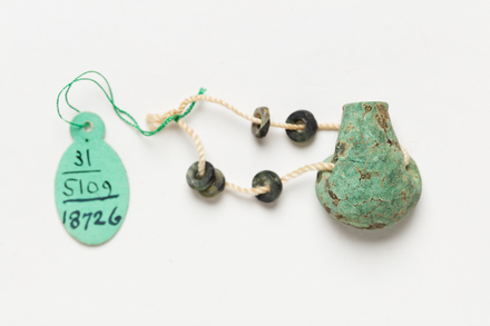 beads, 1932.559, 18726, Photographed by Jennifer Carol, digital, 24 May 2018, © Auckland Museum CC BY