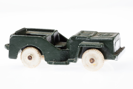 toy jeep, 1996.165.142, Photographed by Andrew Hales, digital, 15 Jun 2018, © Auckland Museum CC BY