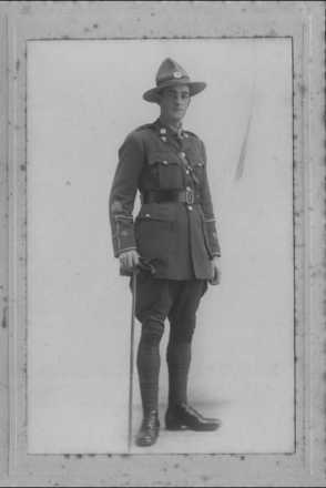 Photograph of Second Lieutenant Gerald Leslie Stobie 6/4151 in uniform. Image kindly provided by Claire Kavanagh (July 2018). Image has no known copyright restrictions.