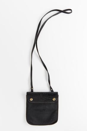 bag, 2002.100.8, Photographed by Jennifer Carol, digital, 25 Jul 2018, © Auckland Museum CC BY