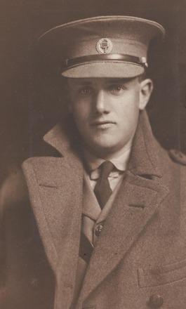 Portrait of Captain Alton James Nimmo, Archives New Zealand, R24184179. Image has no known copyright restrictions.
