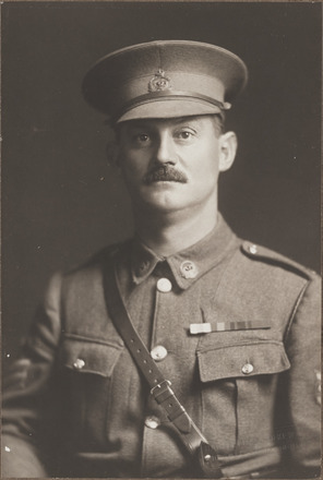 Portrait of Sergeant Major William James Barr DCM. Archives New Zealand, AALZ 25044 2 / F1017 69. Image is subject to copyright restrictions.