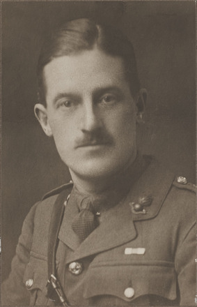 Portrait of Captain Lachlan Bain Campbell, Archives New Zealand, AALZ 25044 4 / F1707 63. Image is subject to copyright restrictions.