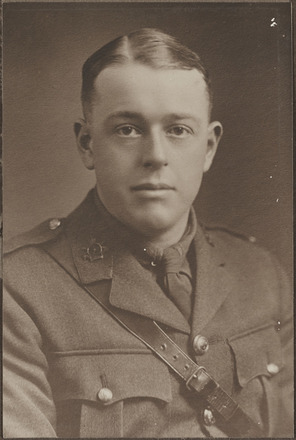 Portrait of Lieutenant Henry Charles Jefferson Knubley, Archives New Zealand, AALZ 25044 3 / F1273 14. Image is subject to copyright restrictions.
