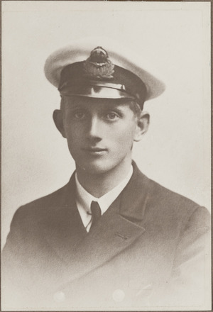 Portrait of Flight Commander John Anthony Carr, Archives New Zealand, AALZ 25044 2 / F1142 11. Image is subject to copyright restrictions.