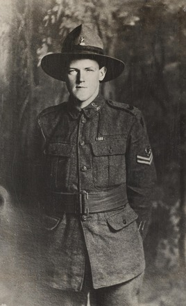 Portrait of Lance Corporal William John Collins, Archives New Zealand, AALZ 25044 1 / F886 50. Image is subject to copyright restrictions.