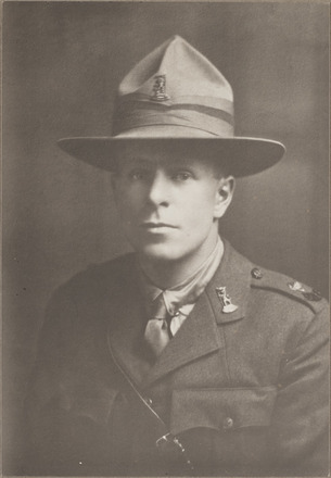 Portrait of Second Lieutenant William Henning, Archives New Zealand, AALZ 25044 5 / F1774 14. Image is subject to copyright restrictions.