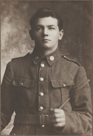 Portrait of Lieutenant James Albert Percival Ruff, Archives New Zealand, AALZ 25044 3 / F1203 45. Image is subject to copyright restrictions.