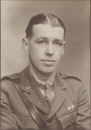 Portrait of Captain William Forrest Fowlds, Archives New Zealand, AALZ 25044 4 / F1533 66. Image is subject to copyright restrictions.
