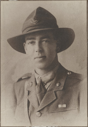 Portrait of Lieutenant William Patrick Aitken, Archives New Zealand, AALZ 25044 4 / F1747 60. Image is subject to copyright restrictions.