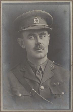 Portrait of Major Bertram Sibbald Finn, Archives New Zealand, AALZ 25044 6 / F785 27. Image is subject to copyright restrictions.