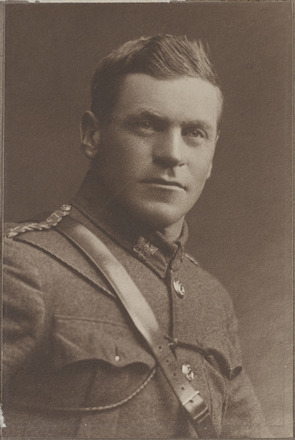 Portrait of Major John Henry Herrold, Archives New Zealand, AALZ 25044 4 / F1659 35. Image is subject to copyright restrictions.