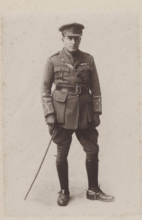 Portrait of Major Thomas Farr, Archives New Zealand, AALZ   25044 3 / F1248 2. Image is subject to copyright restrcitions.