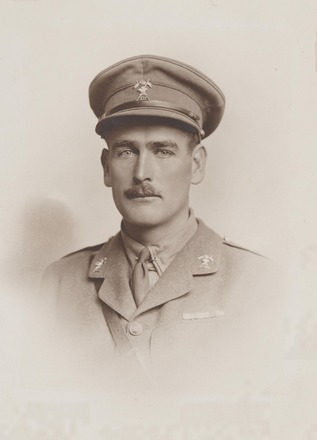 Portrait of Lieutenant W.O. Berryman. Archives New Zealand, R24185051, Image may be subject to copyright restrictions.