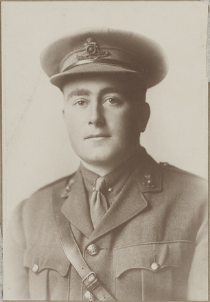 Portrait of Captain Francis Featherston Newman MC, Archives New Zealand, AALZ 25044 5 / F1873. Image may be subject to copyright restrictions.