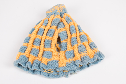 tea cosy, 2015.51.27, © Auckland Museum CC BY