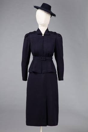 suit, woman's, T665, Photographed by Jennifer Carol, digital, 23 Nov 2018, © Auckland Museum CC BY