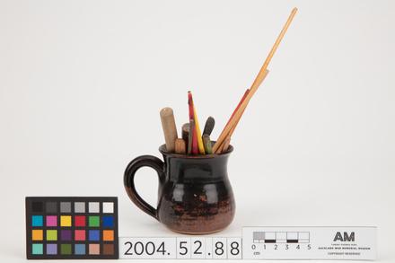 mug, 2004.52.88, Photographed by Richard Ng, digital, 16 May 2017, All Rights Reserved