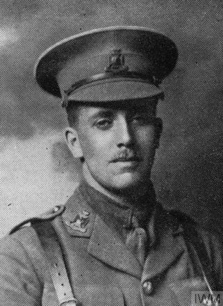 Portrait of Second Lieutenant Robert Francis Mclean Gee. Image sourced from Imperial War Museums' 'Bond of Sacrifice' collection. ©IWM HU 114951_A