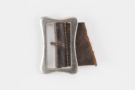 buckle, belt, 2001.25.848, Photographed by Denise Baynham, digital, 20 Dec 2018, © Auckland Museum CC BY