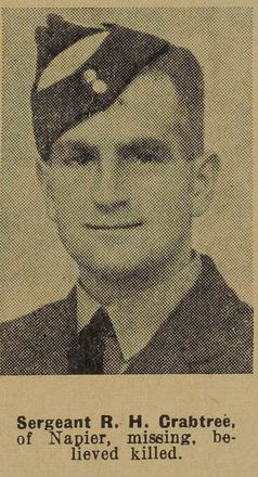 Portrait of Sergeant Ronald Hugh Crabtree, Auckland Weekly News, 30 December 1942. Sir George Grey Special Collection, Auckland Libraries, AWNS-19421230-23-28. Image has no known copyright restrictions.