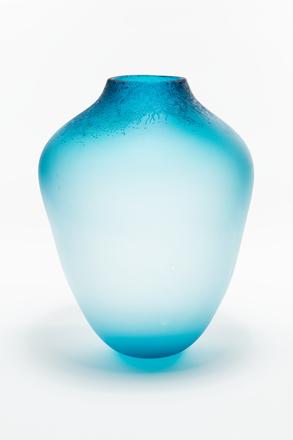 vase, 1994.27, G511, Photographed by Jennifer Carol, digital, 03 Jan 2019, © Auckland Museum CC BY