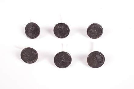buttons, regimental / 2017.15.12 / © Auckland Museum CC BY