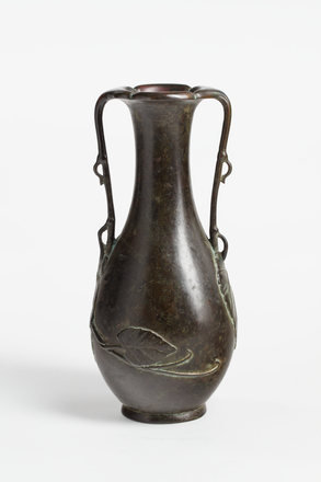 vase, 1934.316, M1407, 20791.10, C13, Photographed by Richard Ng, digital, 23 Jan 2019, © Auckland Museum CC BY