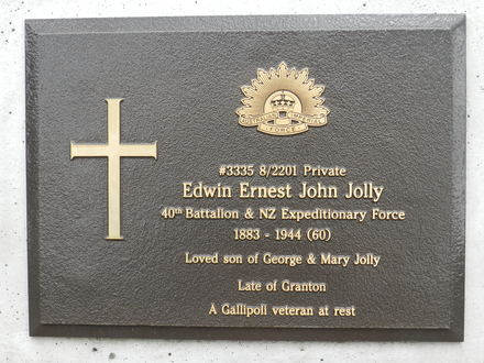 Headstone of Edwin Ernest John Jolly, Cornelian Bay Cemetery, Hobart. Image kindly provided by Andrea Gerrard on behalf of The Headstone Project, Tasmania. Image is subject to copyright restrictions.