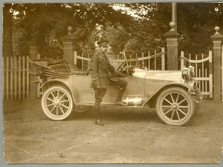 Photograph of Richard Atkinson Abbott, standing with a car. Image kindly provided by Brian Abbott (2006). Image may be subject to copyright restrictions.